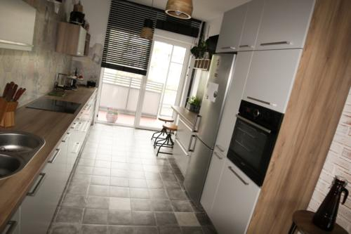 meble kuchenne 422/13