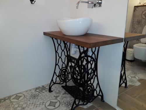 meble łazienkowe 26